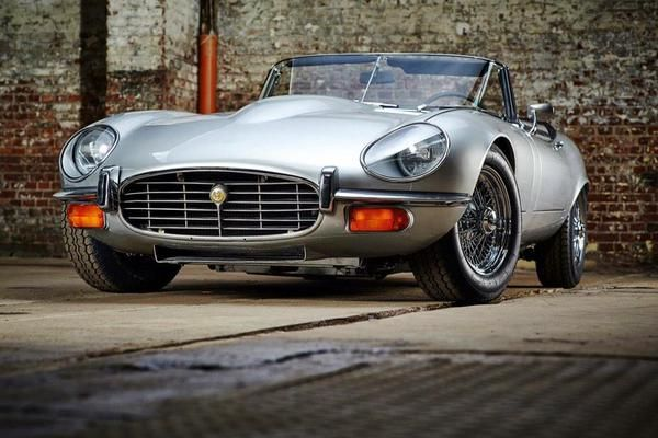 Jaguar E Type Series 3 with headlight cover modification