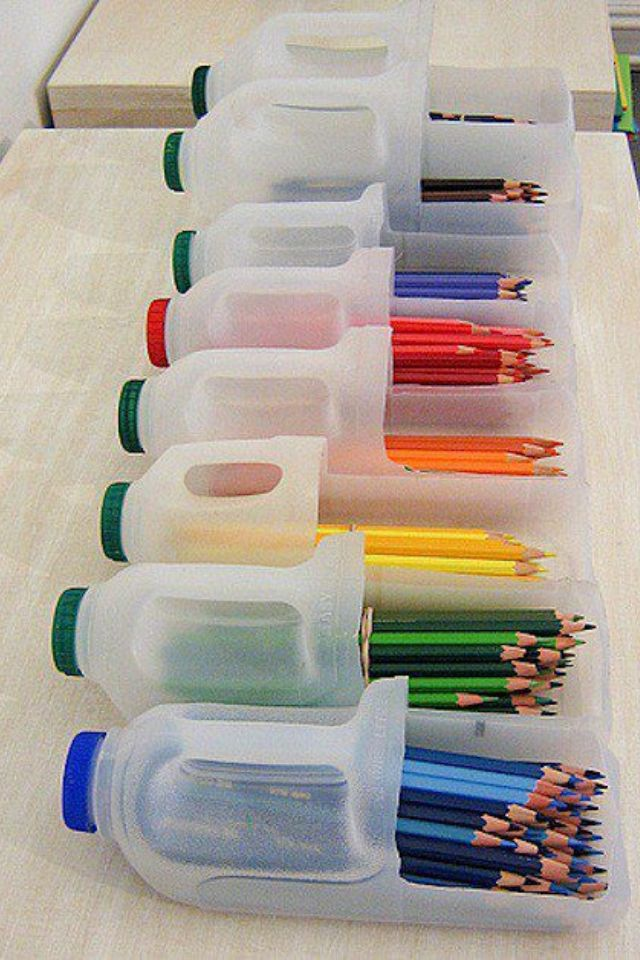 Paint the lids to match the colour of the pencils! Great idea for organising children in the classroom.