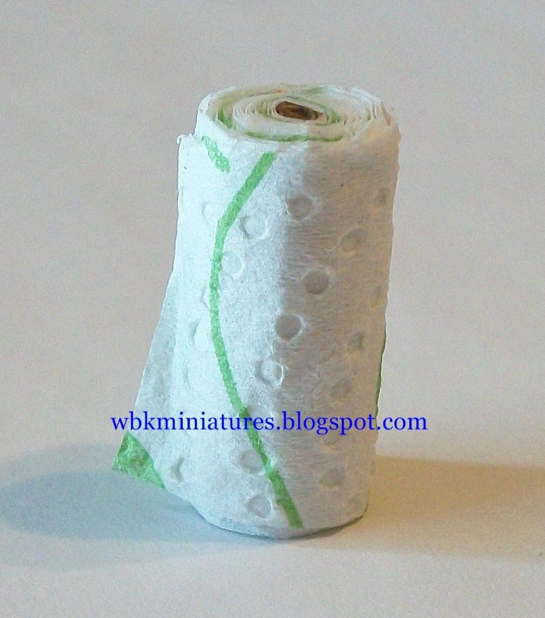 how to: mini paper towel roll | tutorials: miniature cleaning ...