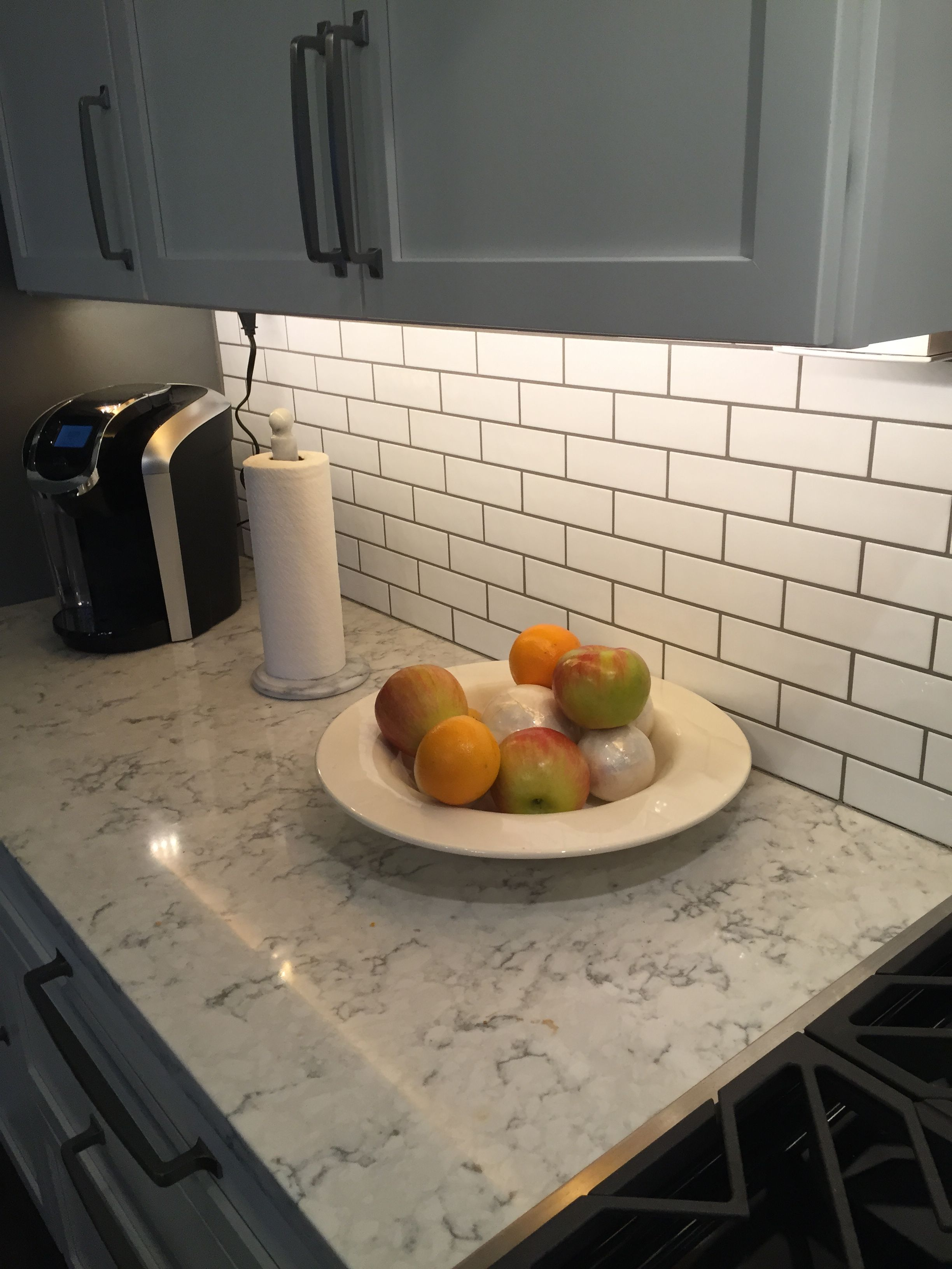 3cm viatera quartz rococo showing subway tile backsplash Backsplash ideas quartz countertops