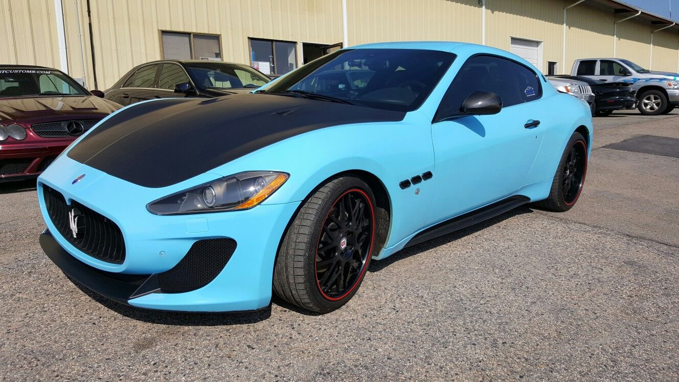 Halo efx glacier blue with matte black accents on this
