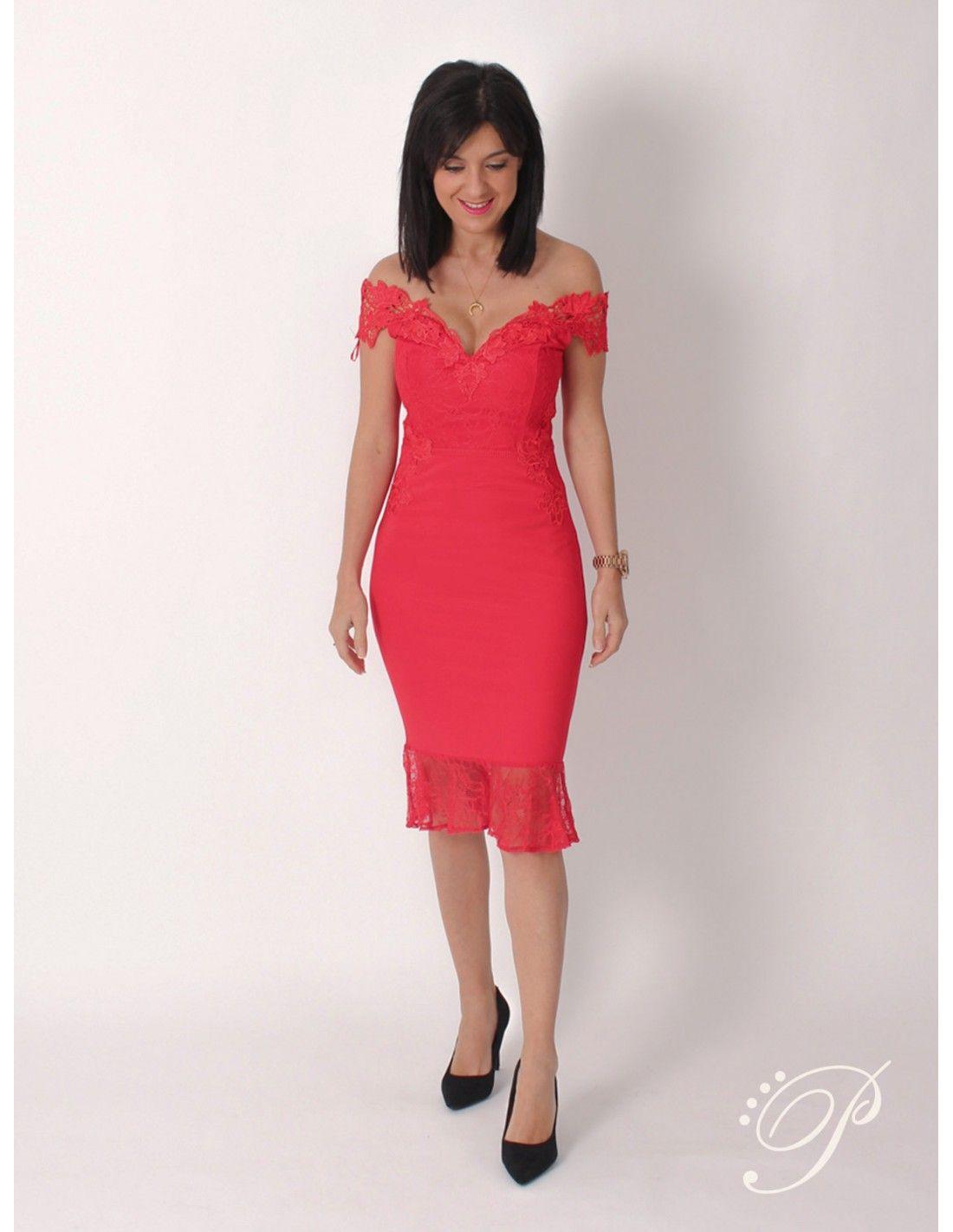 Vestido Delta   Lipsy London - Vestido de corte midi en color rojo. Escote  en 10d8b5a392fd