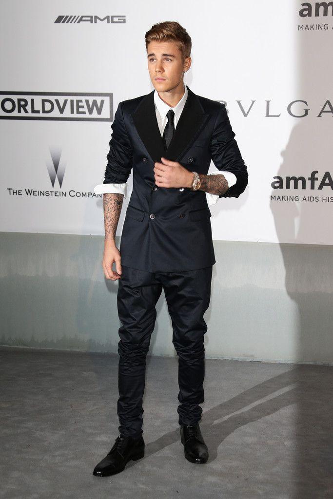 Lyric fa la la justin bieber lyrics : Who Wore It Better? John Legend vs Justin Bieber in Dolce ...