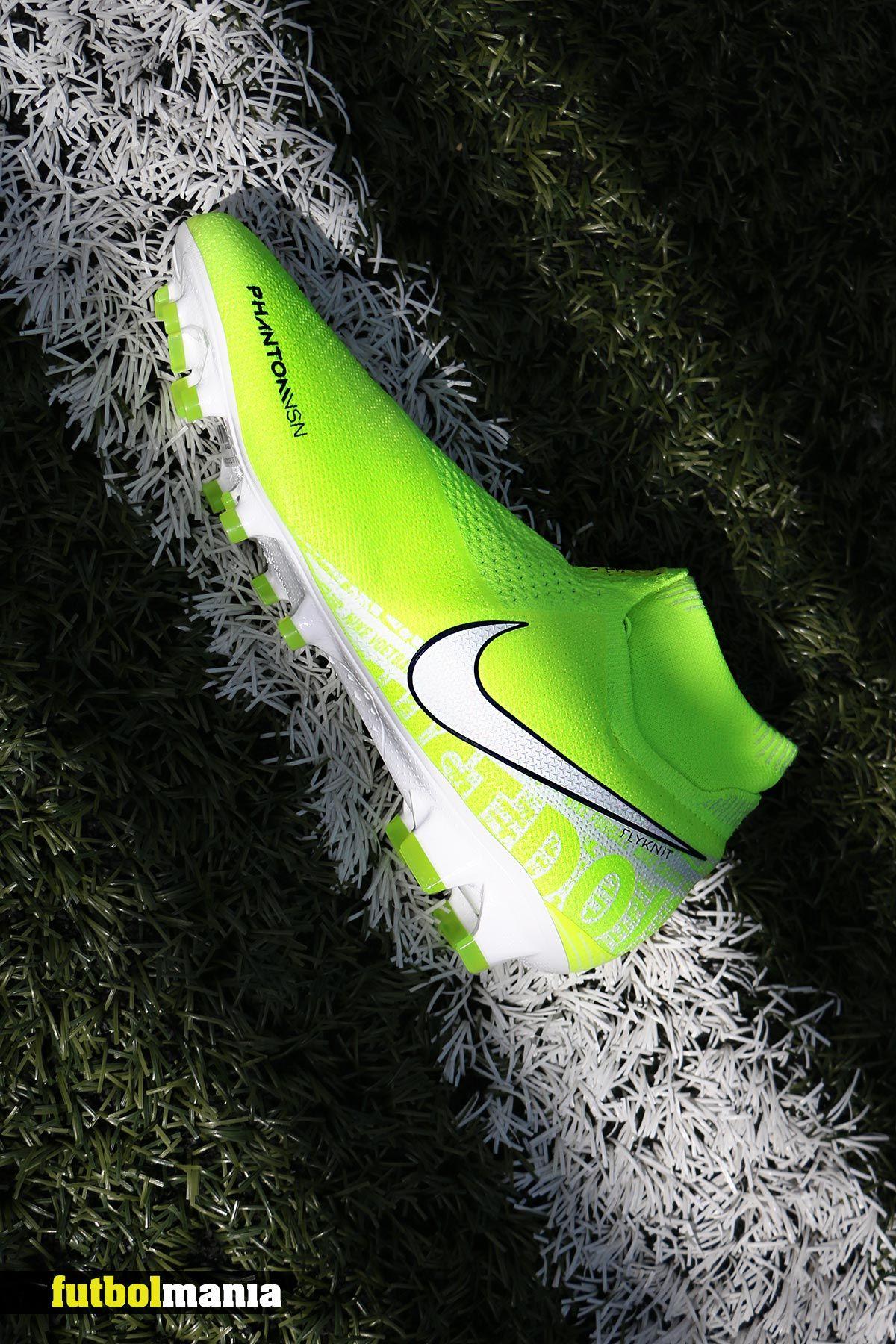 collar Original Simplemente desbordando  Nike Phantom | Botines de futbol nike, Zapatos de fútbol nike, Zapatos de  futbol adidas
