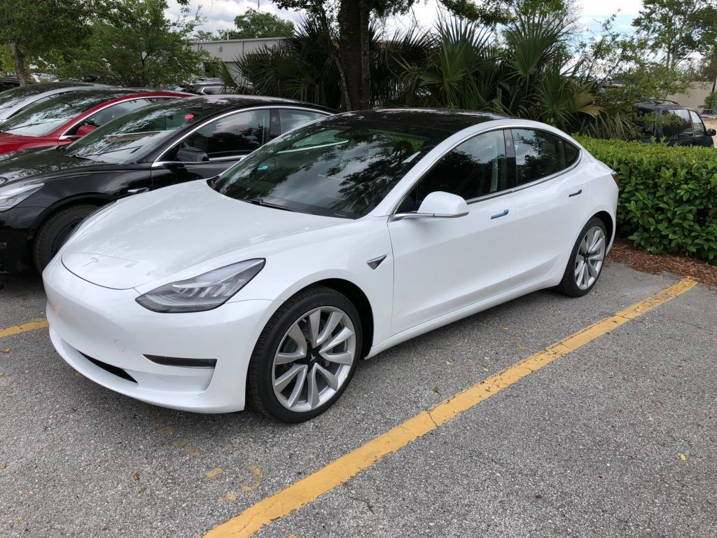Tesla S Jacksonville Florida Store Gets Flooded With Model 3