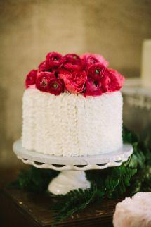 Mais um bolo dos meus preferidos em termos de imagem... | Style Me Pretty | GALLERY & INSPIRATION | PAGE: 33