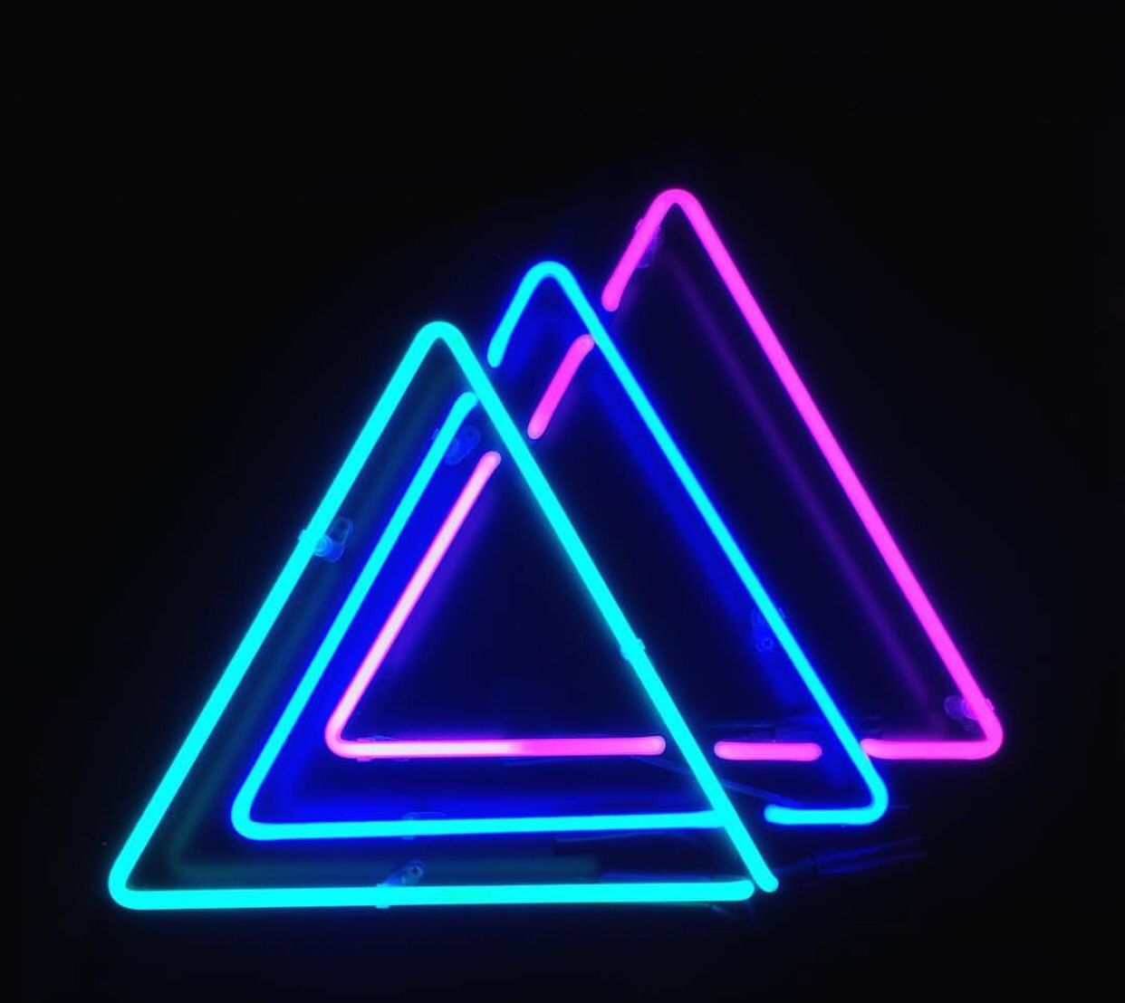 Pinterest: SebastianAlbery ←   Moodboard Pictures   Neon signs