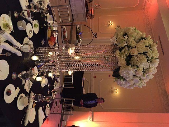 we ❤ this!  itsabrideslife.com  #weddingcenterpieces