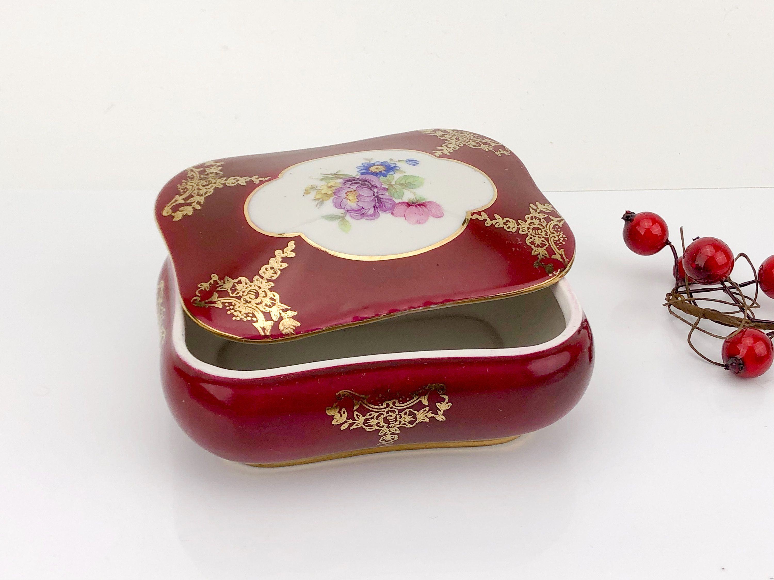 Royal Bavaria vintage jewellery box made in Germany 20th century