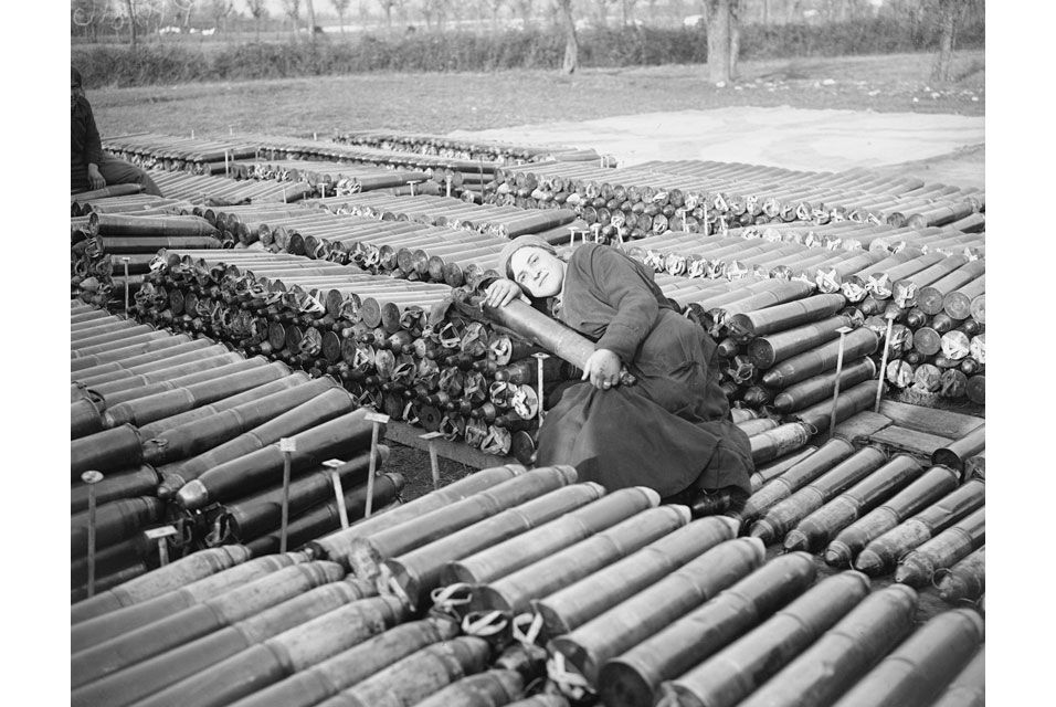 William Joseph Brunell, An Italian Female Worker Employed by the British Army, Lying on 18 Pounder Shells, November, 1918.