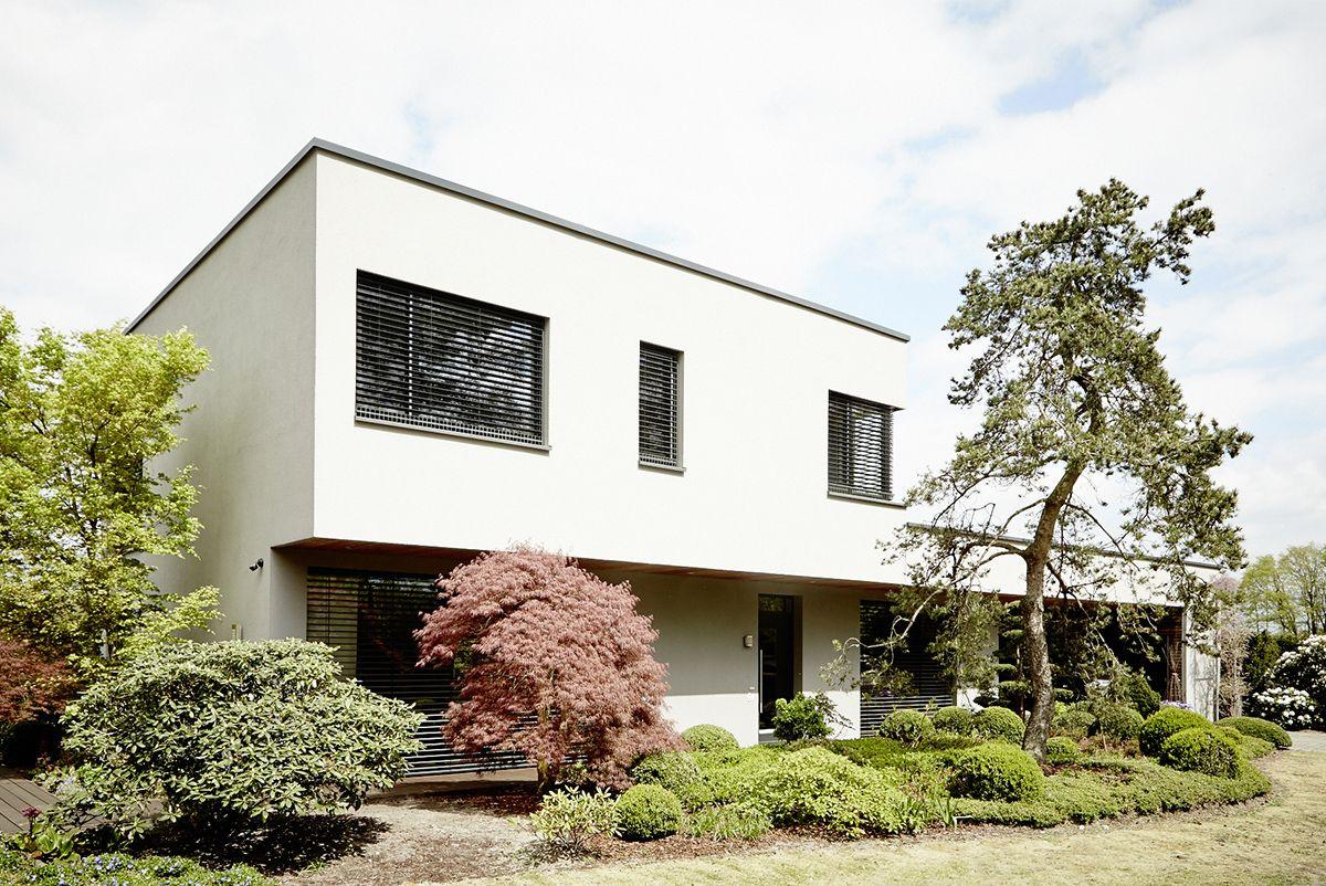 Neubau eines Einfamilienhauses mit Carport HOLON