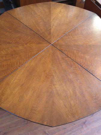 Vintage Henredon octagonal dining table 3 Furniture I Covet