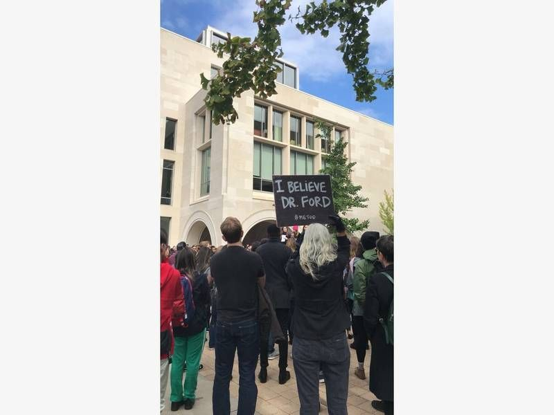 Harvard Students Protest Supreme Court Nominee Kavanaugh Harvard Students Student Protest Law School Application