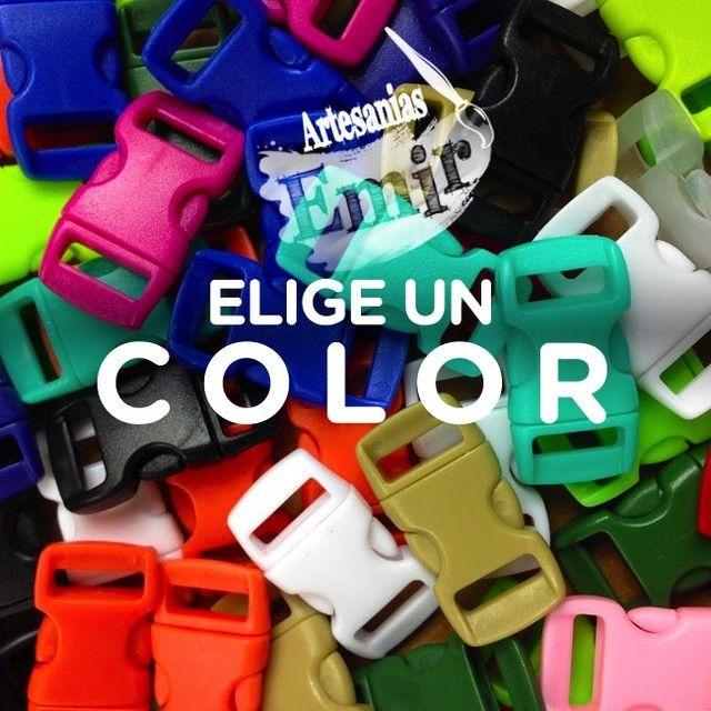 Si Eliges un color es porque ya tienes una buena idea para crear. Todo en #merceria aquí #manualidades #ideas #hechoamano #handmade #hechoenvenezuela #madeinvanezuela #designersve #diseñovenezolano #venezuelacreativa #hechoconamor #madeinvzla_ #Caracas #LosPalosGrandes #CentroPlaza #Altamira #Chacao