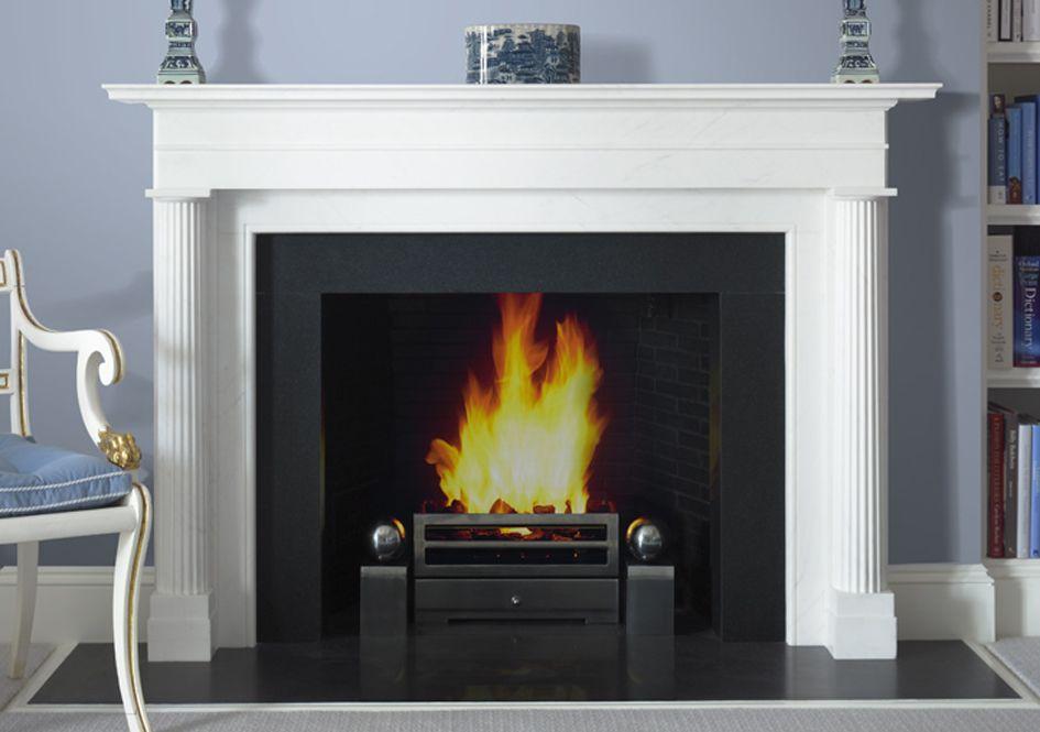 Fireplace Design In White Using Plain Corbels To Support The Mantel Shelf Wild Goose Carvings Supply A Ran Diseno De Chimenea Chimeneas Modernas Estufas Hogar