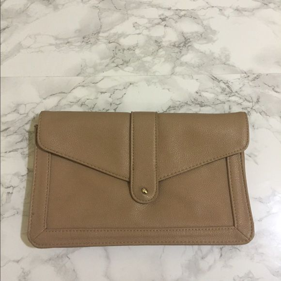Forever 21 clutch Faux leather clutch from forever 21. 7 credit card slots and a zippered interior pocket. Forever 21 Bags Clutches & Wristlets