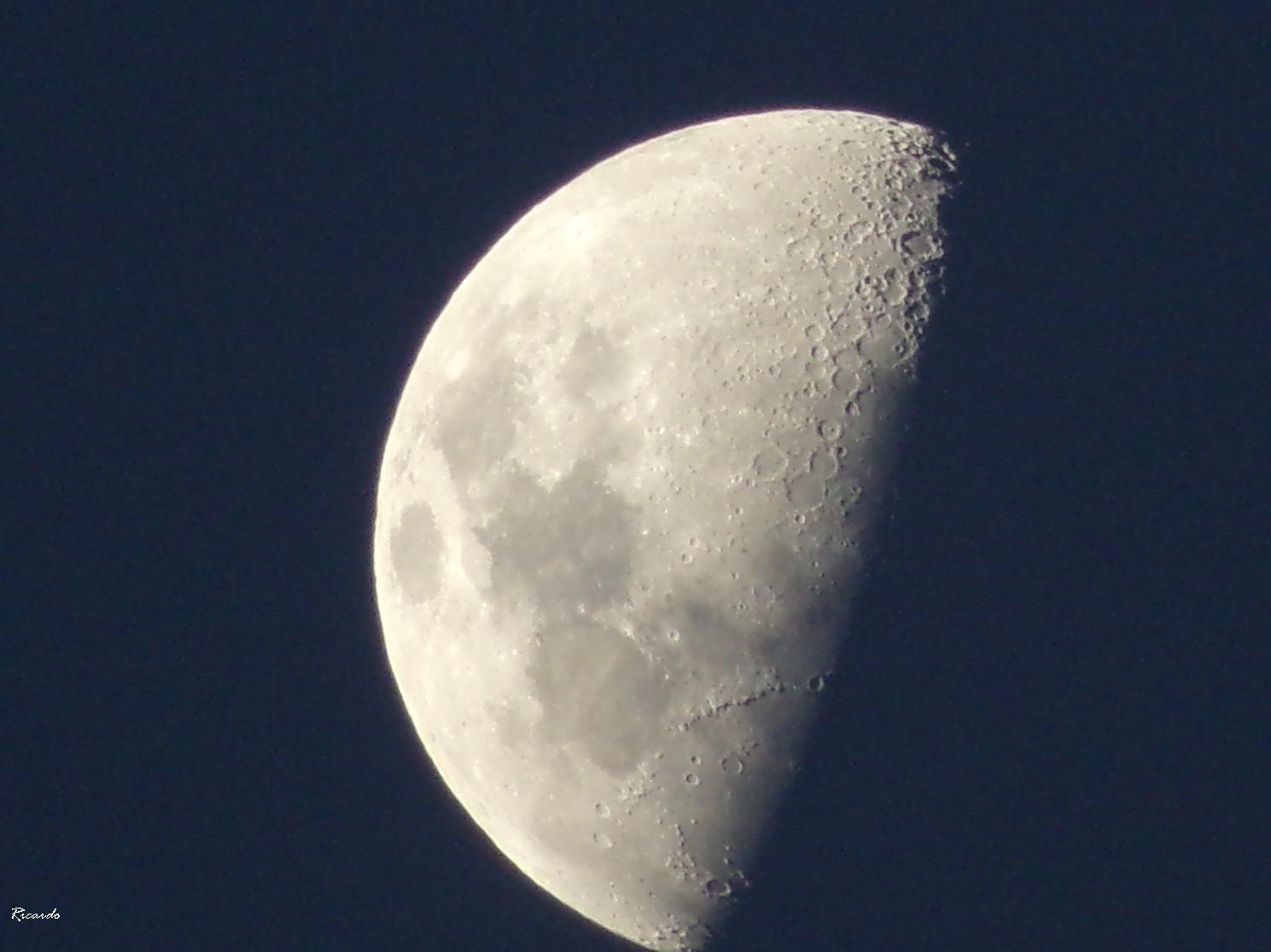 Luna Cuarto Creciente a los 9 días. 19 de Noviembre | Luna de papá ...