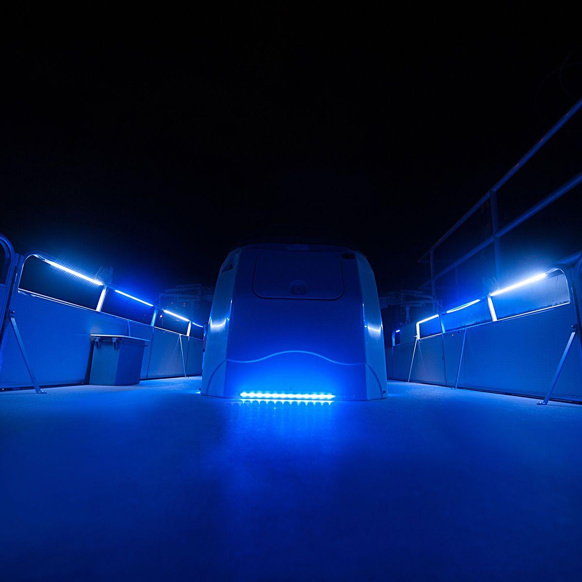 overtons 24 flex track led light kit for pontoon boats overton 39 s boat houseboat remodel. Black Bedroom Furniture Sets. Home Design Ideas