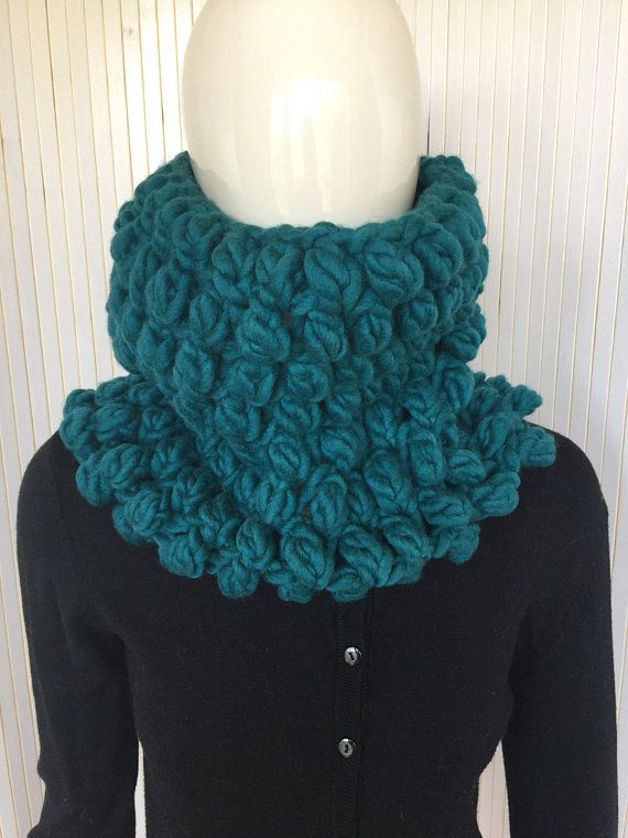 Chunky Knit Warm Soft Scarf from Wool, Infinity Crocheted Snood for ...