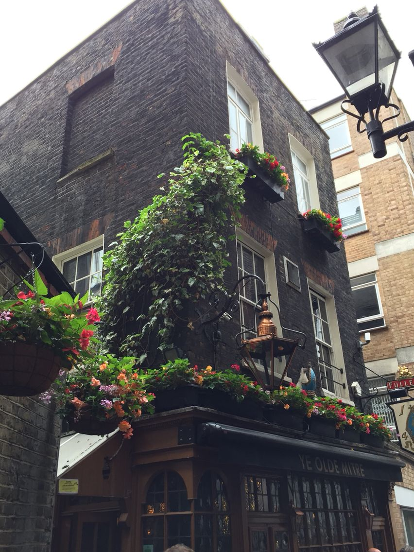 Ye Olde Mitre in London