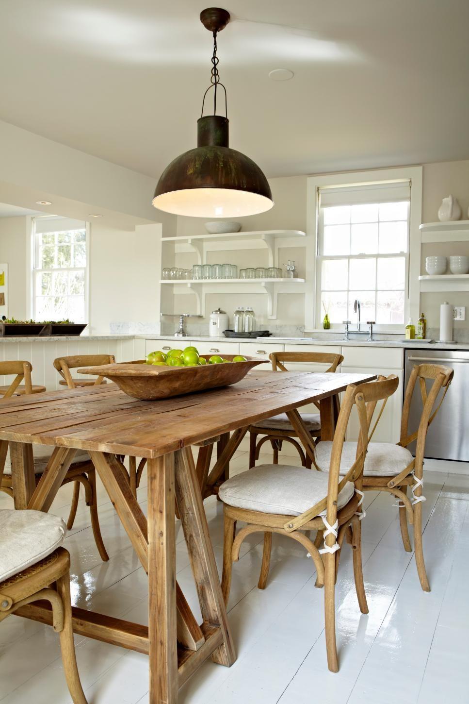 Farmhouse kitchen evokes effortless style farmhouse