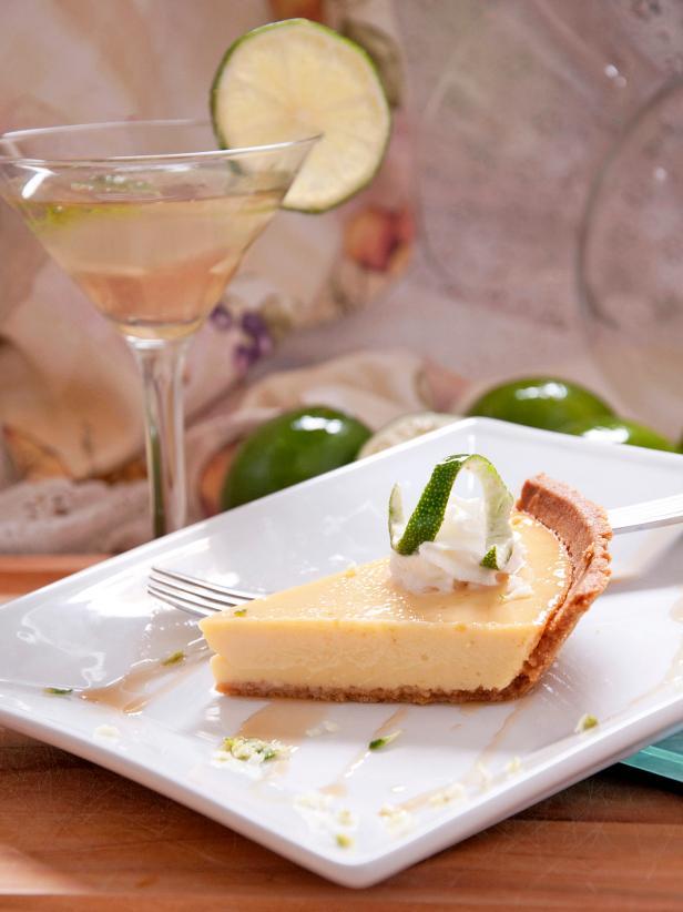 12 No-Fail Ways to Celebrate National Margarita Day #limemargarita Spiked Key Lime Margarita Pie #limemargarita