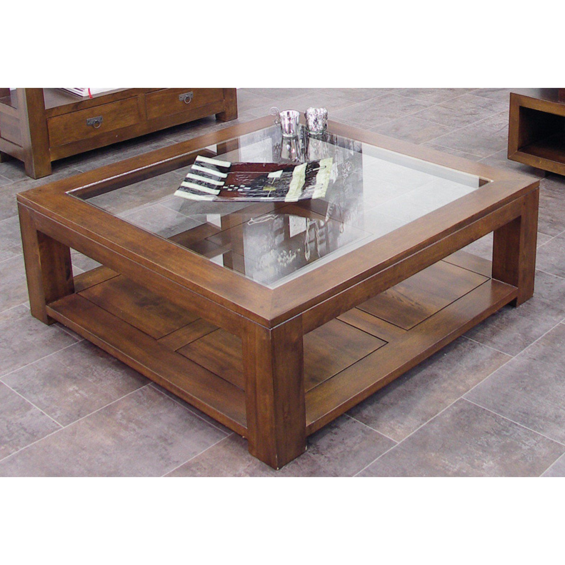 Table Basse Carree Vitree Grande Taille Maya Par Nomadde Meubles