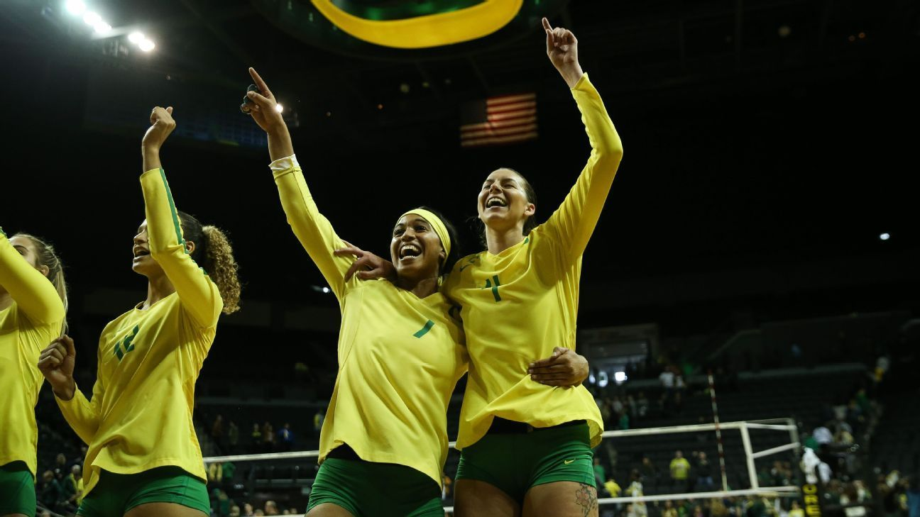 Willow Johnson And Ronika Stone Bring Storied Mlb And Nfl Family Legacies To Oregon Volleyball In 2020 Family Legacy Volleyball Alabama Football