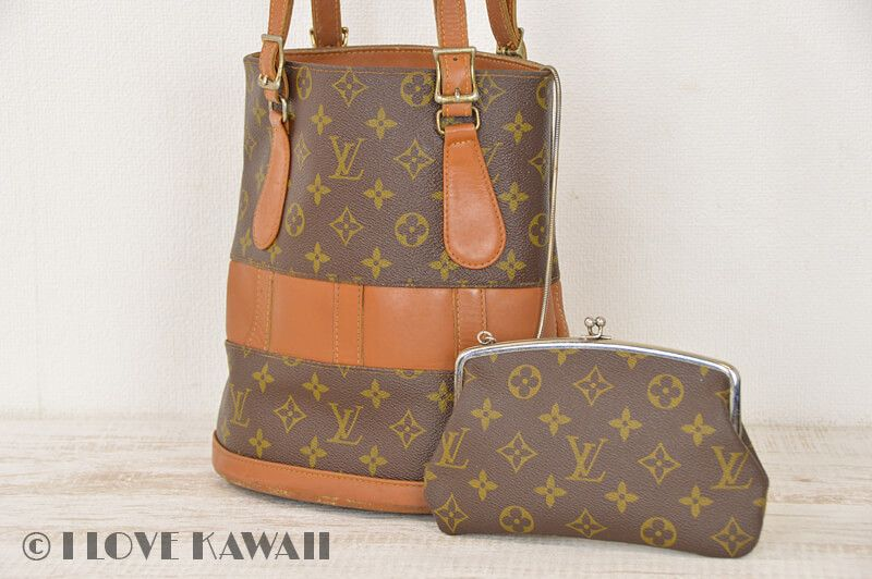 f6f4379822b1 Vintage Louis Vuitton Monogram Bucket PM USA Tote Bag With Pouch T42238