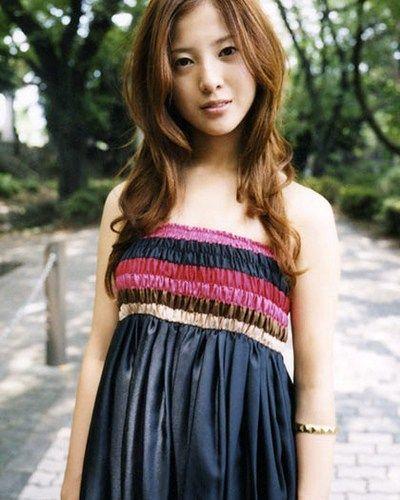 朝ドラに主演したり、映画に出たりと 活躍が止まらない吉高由里子さん。 性格が嫌いとかいろいろと言われたり して…