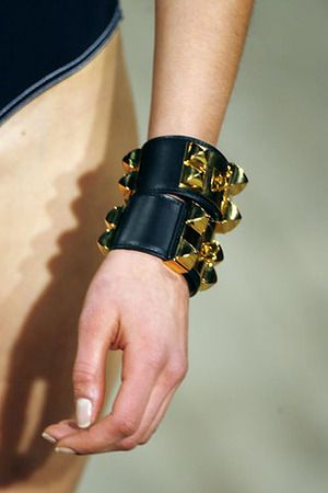 Hermes Collier De Chien Bracelet 2 Is Always Better Than One