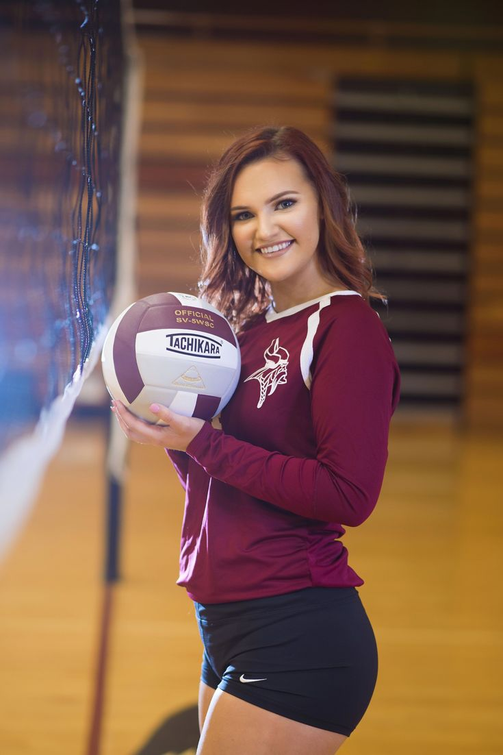Volleyball Pose Volleyball Senior Pictures Girl Senior Pictures Volleyball Photos