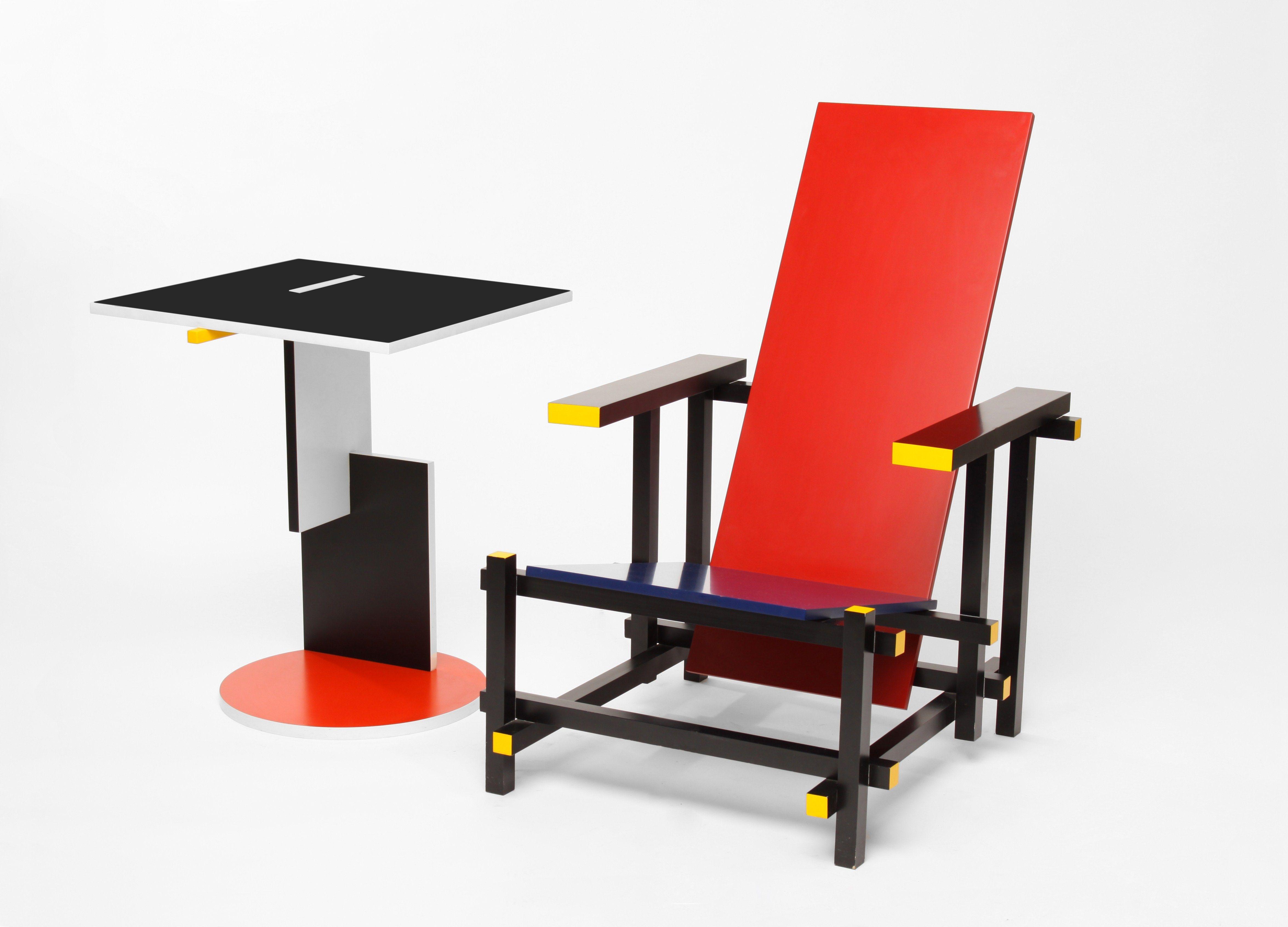635 Red And Blue neoplasticizm red&blue chair Rietveld Strzeminski Kobro Pinterest