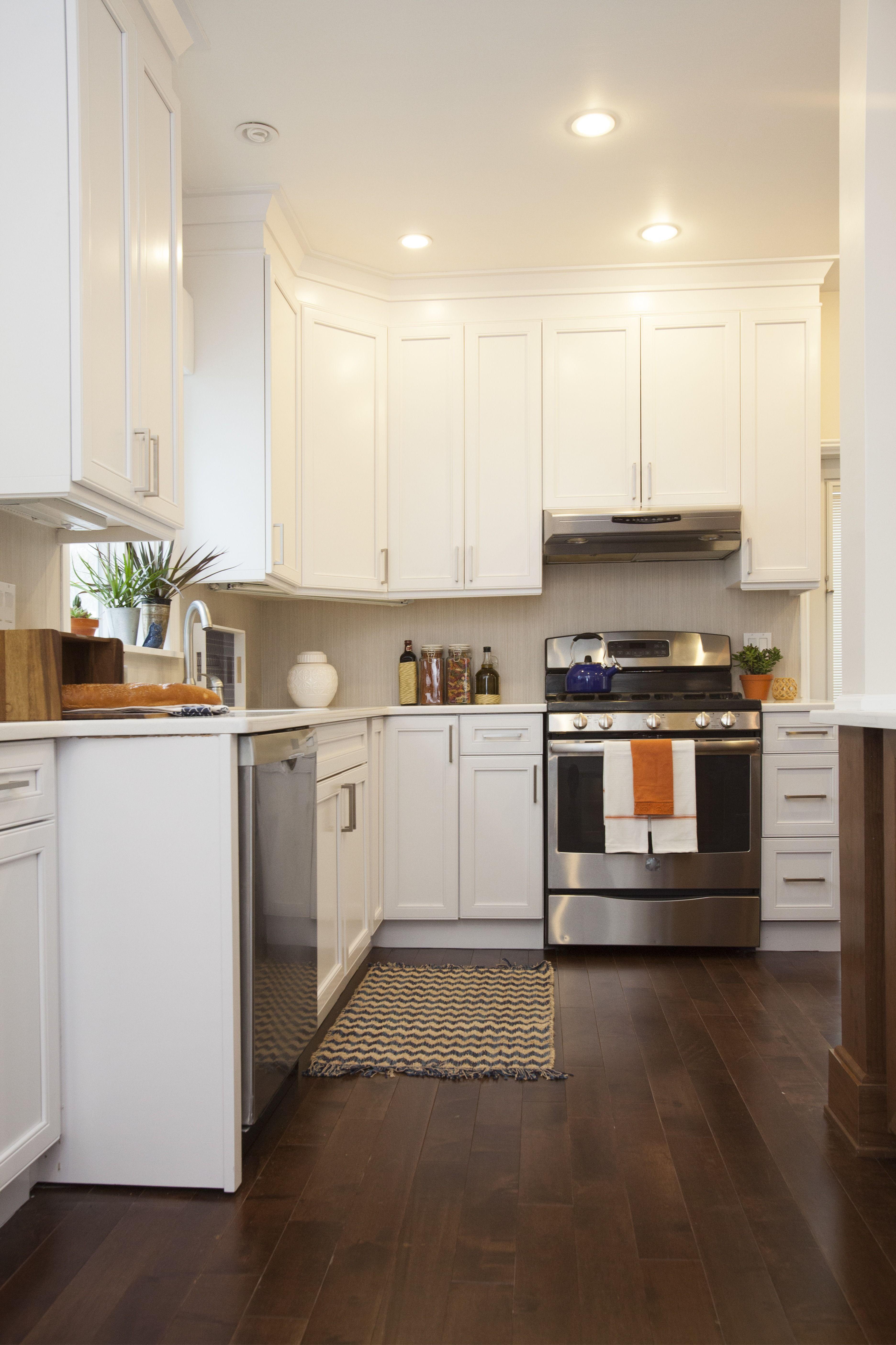 lana and joe 39 s kitchen reveal property brothers buying selling 315 lana joe pinterest. Black Bedroom Furniture Sets. Home Design Ideas