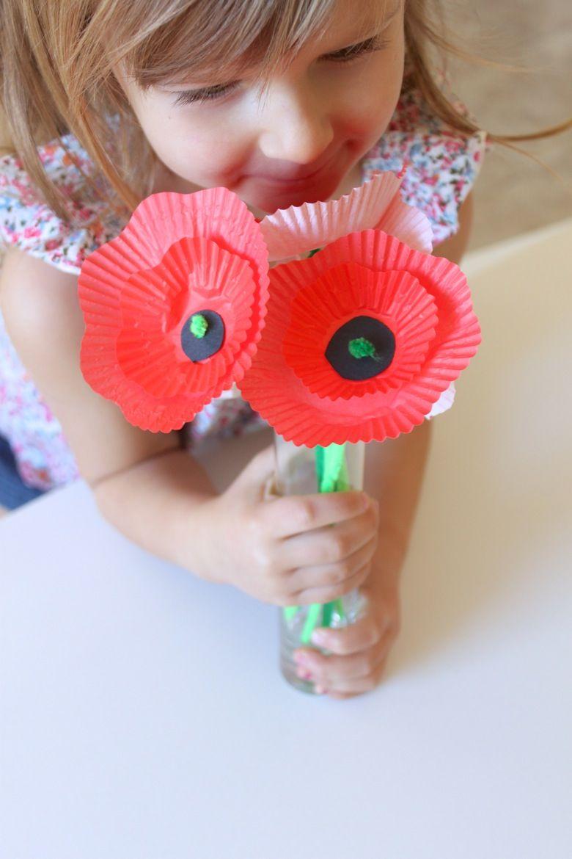 Cupcake Liner Poppies #remembrancedaycraftsforkids