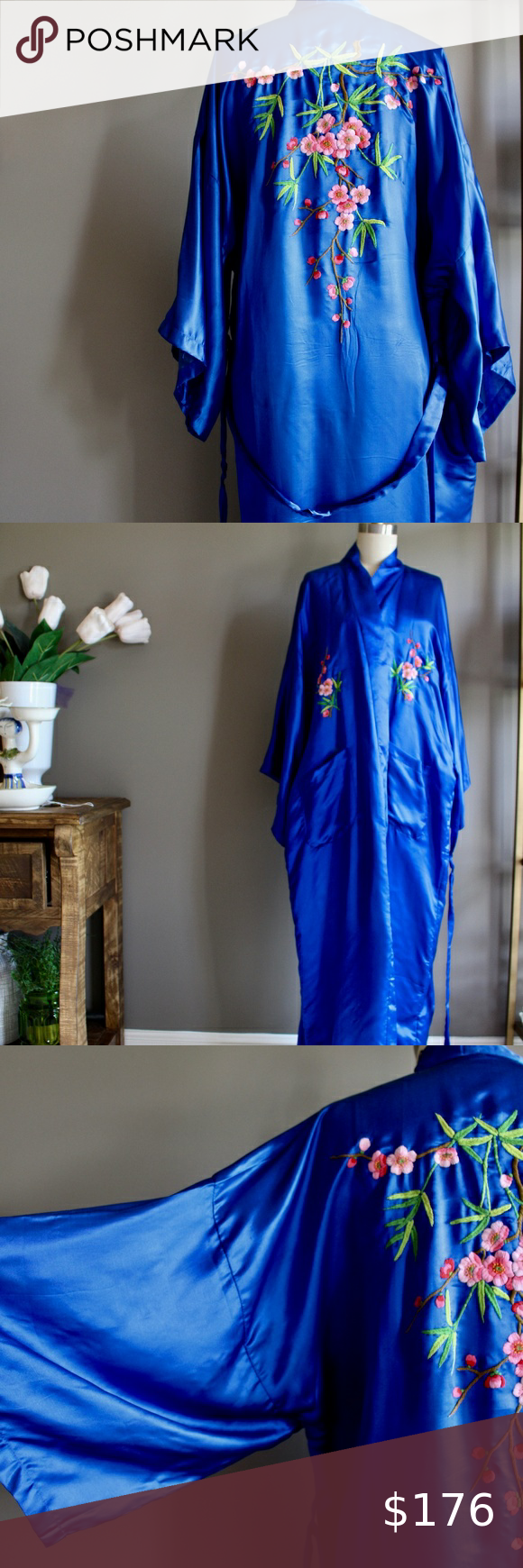 Blue 100 /% silk vintage kimono