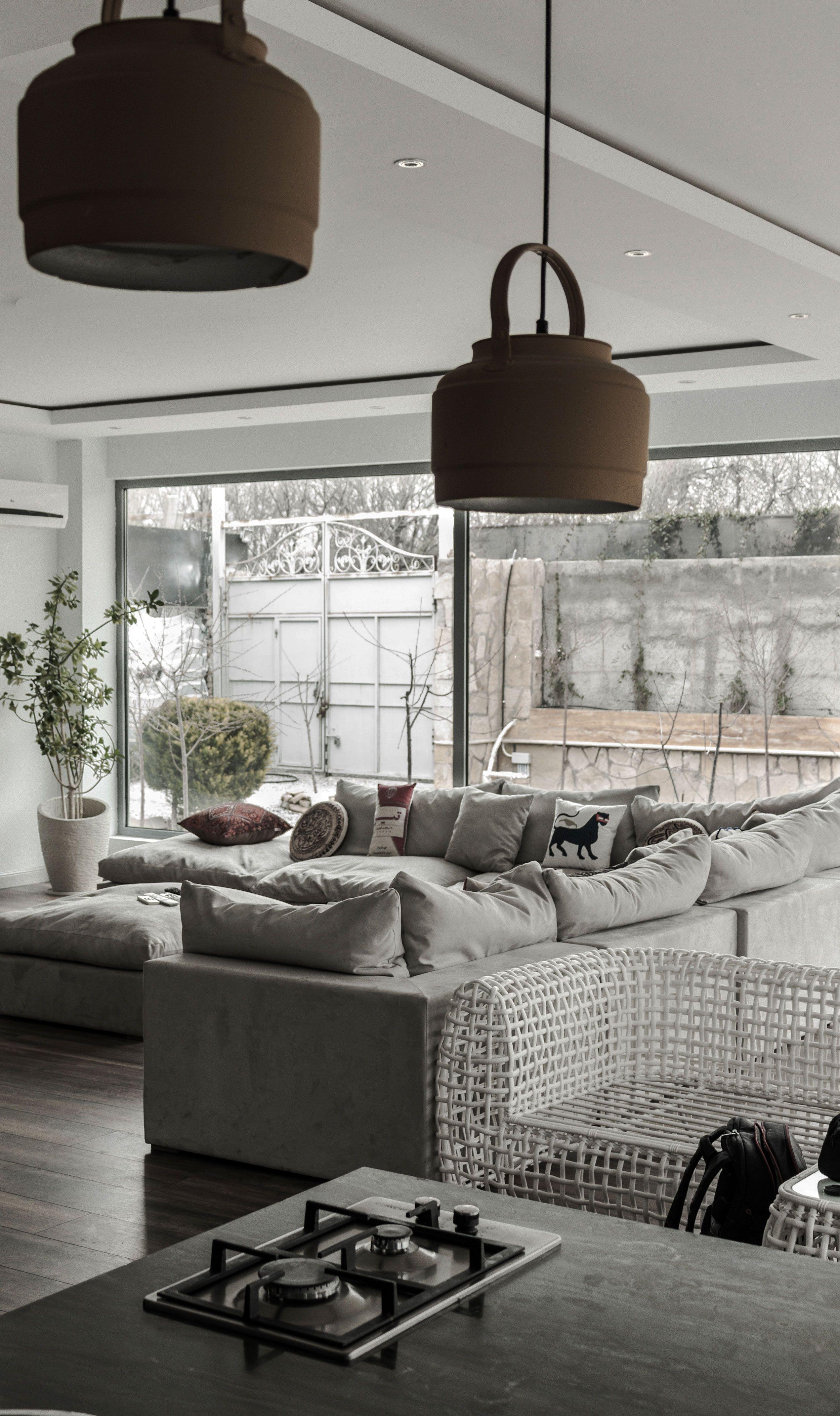 Graue Mobel Im Wohnzimmer In 2020 Wohnzimmer Dekor Modern Wohnzimmer Grau Wohnzimmer Design