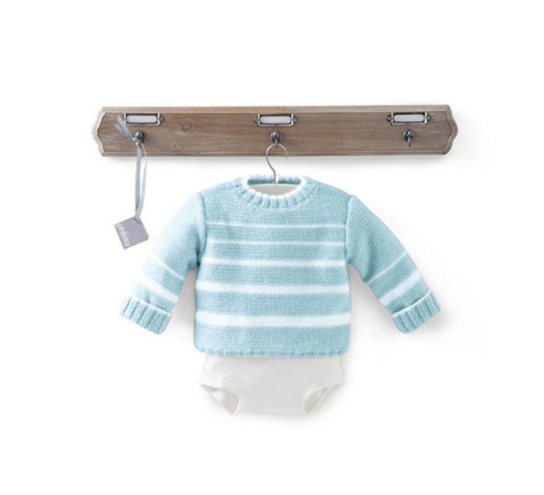 Brassières avec nuances de bleu et jeu de rayures de style ...