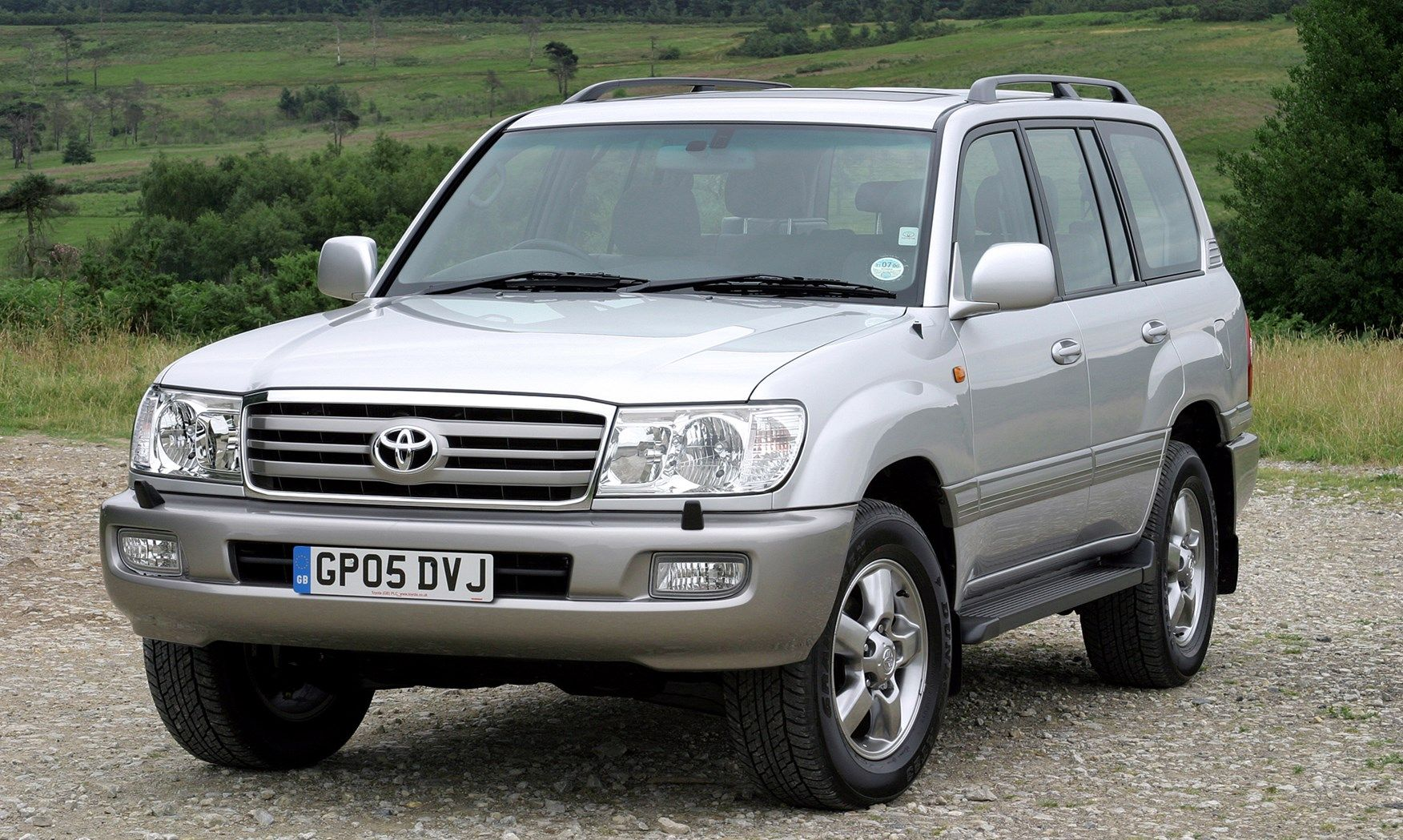 Toyota Land Cruiser Amazon Station Wagon Review  2002