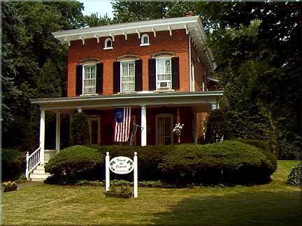 Italianate Porch | Panoramio   Photo Of Brick Italianate, Arnold Park, Rochester  NY