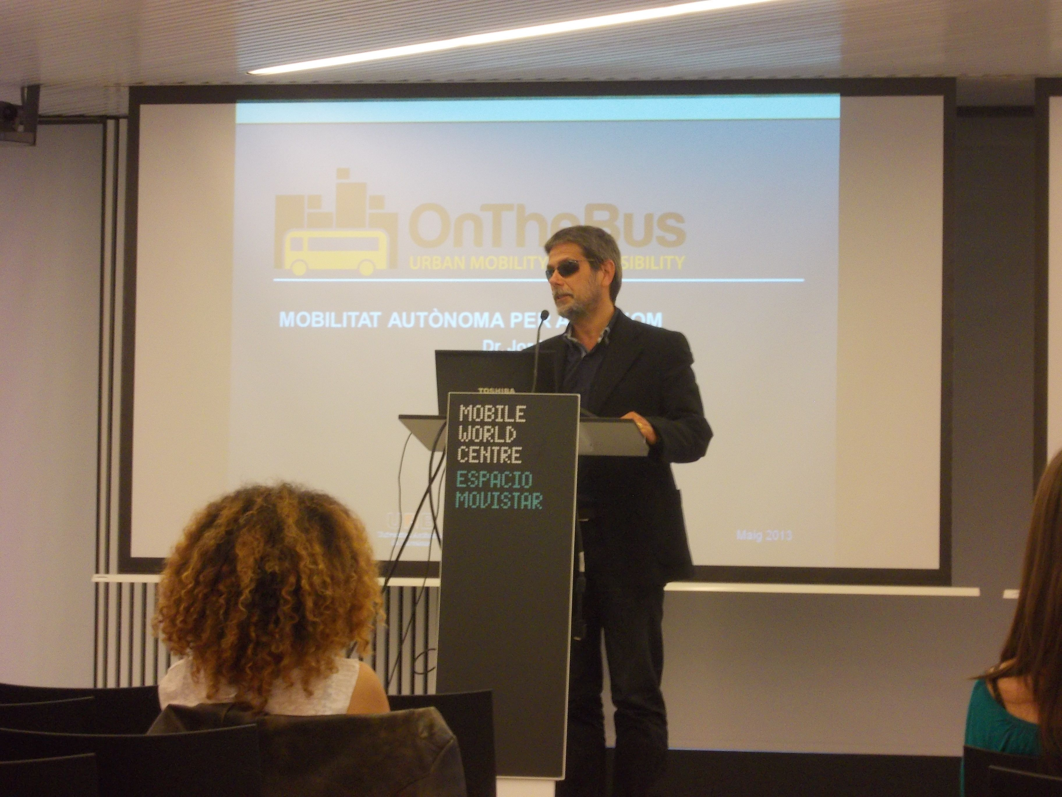 Digital Week Barcelona grandes presentaciones de productos/servicios como ON THE BUS #marketing
