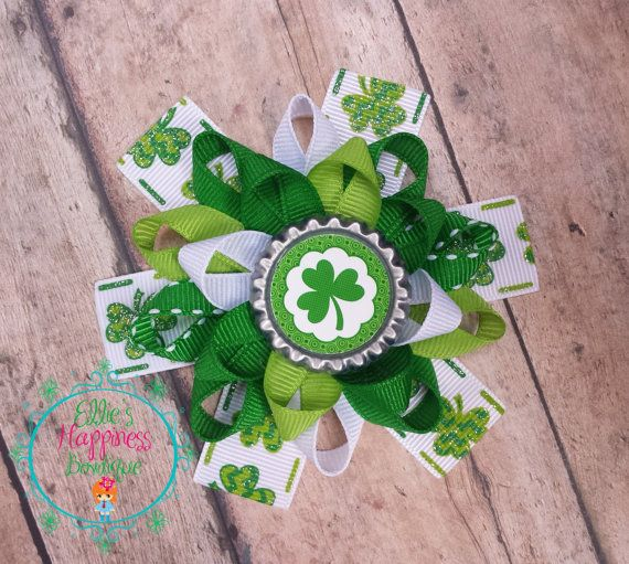 St Patrick's Day    Loopy flower Boutique by ElliesHappinessBows