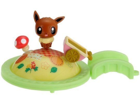 Connecting Eeveelution Figures from the Pokemon Center -