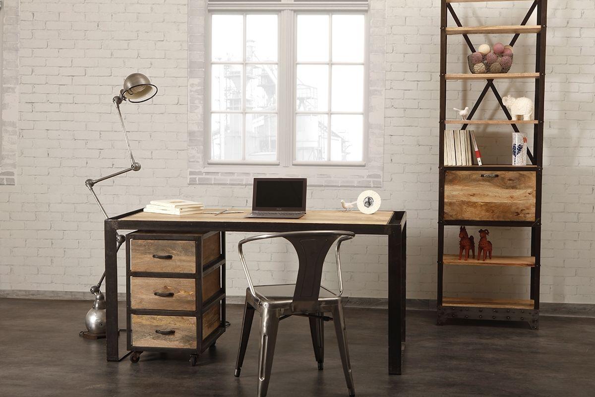 Bureau en bois et fer style industriel une idée pour un bureau
