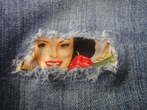 Ripped jeans peep hole, printable fabric