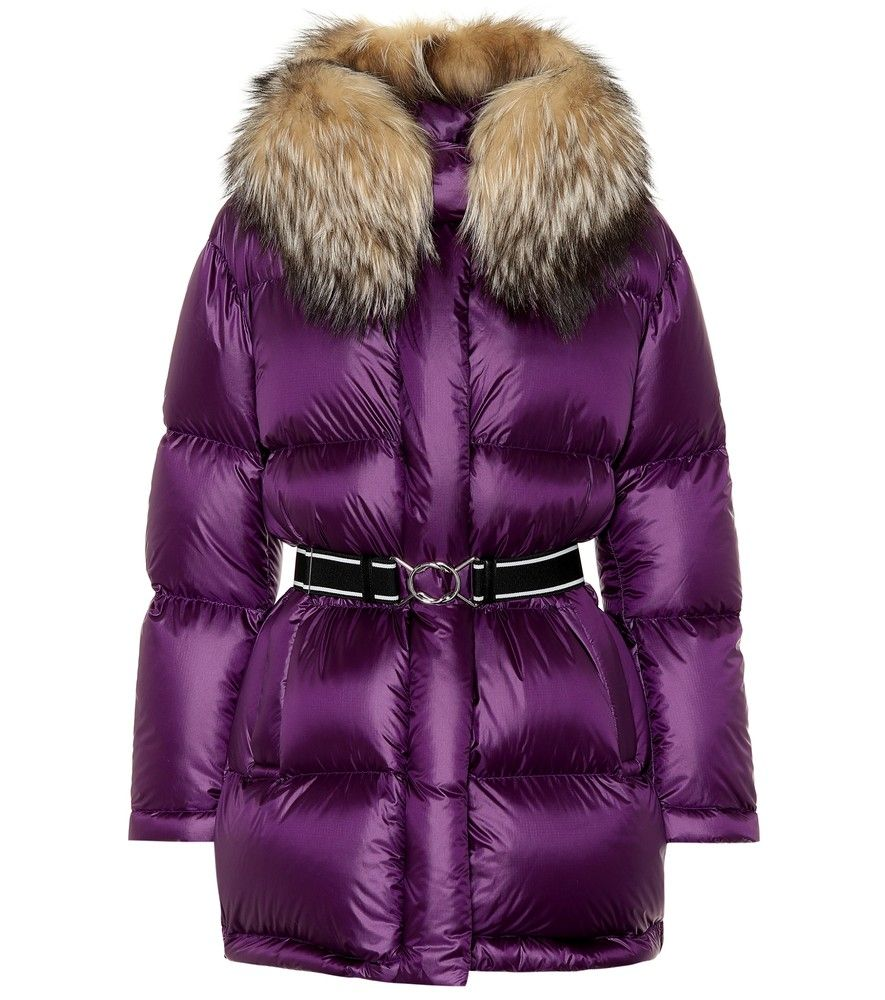 Prada Fur Trimmed Down Coat Battle The Winter Chill In Style With Prada S Plush Down Filled Coat It Has A Lustrous Outer Jackets Puffer Jackets Down Coat [ 1000 x 885 Pixel ]