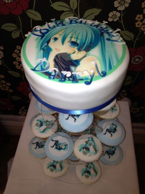 Superb Anime Themed Cake Anime Birthday Cake Tumblr Anime Cake Funny Birthday Cards Online Unhofree Goldxyz