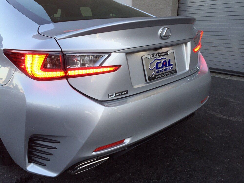Another satisfied customer receives Lexus RC 350 F SPORT