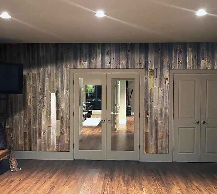 Pin By Christina Mccarthy On Wood Walls Vertical In 2020 Barn Wood Reclaimed Wood Projects Wall Planks