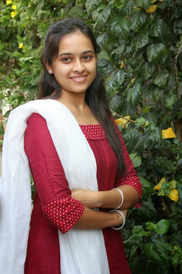 ass shape sridivya